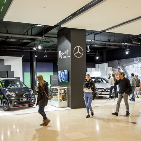 Mercedes pop up Hoog Catharijne